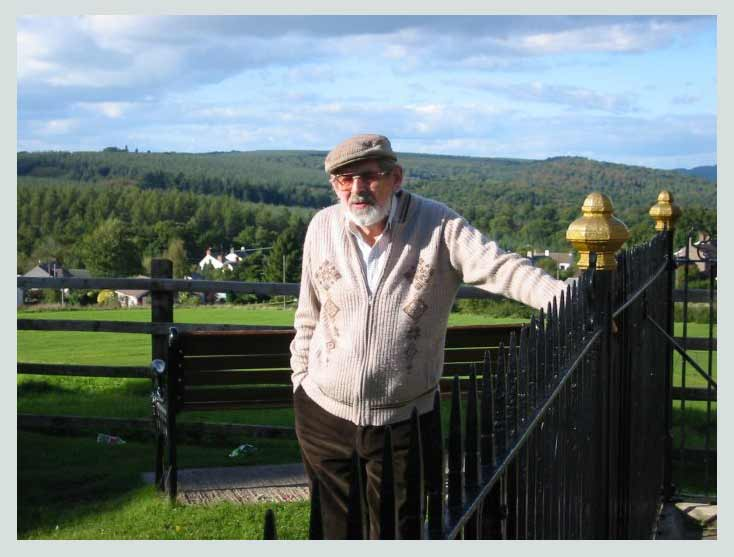 A photo of Mr Geoff Wildin taken on the Sun Tump at Bream Cenotaph
