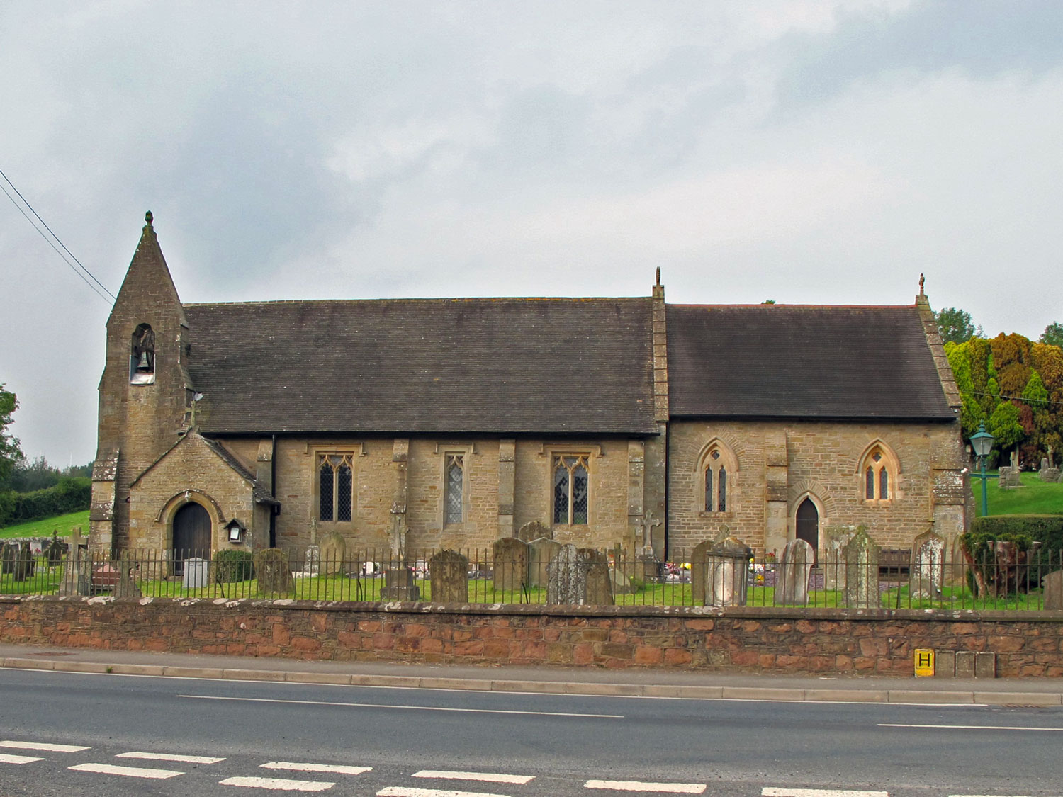A photo showing St James Church, Bream in 2002