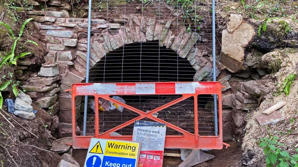 A photo showing Oakwood Mill Deep Level entrance
